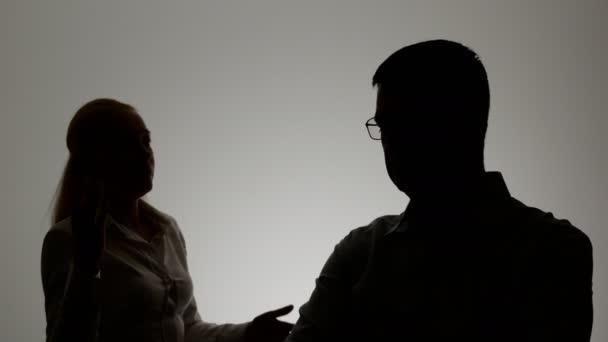 Sizi Hak Etmeyen Biriyle Birlikte Olduğunuzun 4 İşareti